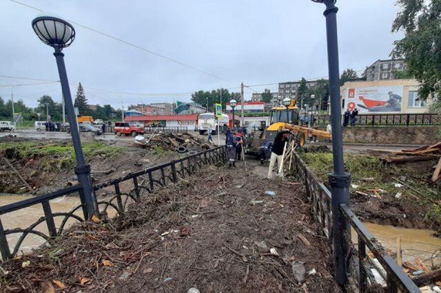 Последствия ливня в городе Нижние Серги (8 фото)