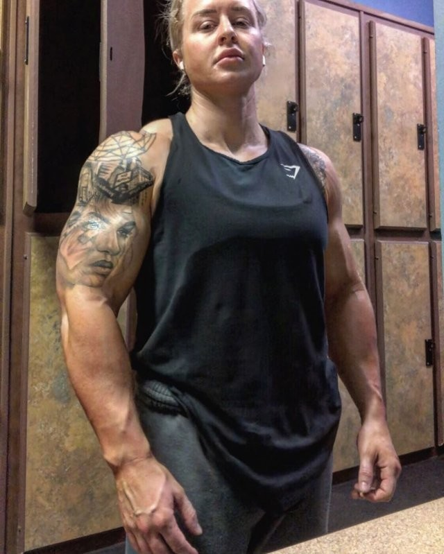 Тесса Бойа - женщина-терминатор из армии США (15 фото)