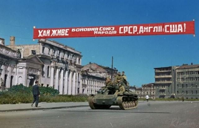 Фотографии СССР времен Великой Отечественной войны в цвете (19 фото)
