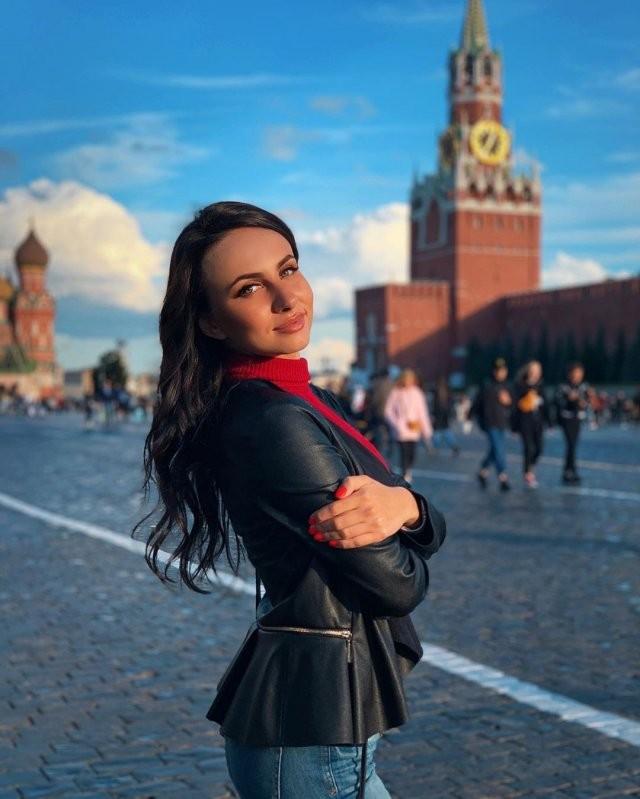"""Ксения Рябыш - победительница """"Русская красавица 2020"""" (14 фото)"""