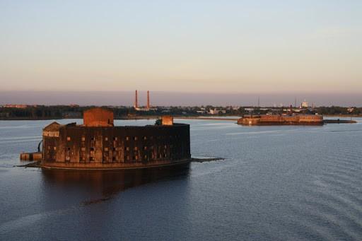 Поразительные русские островные крепости (7 фото)