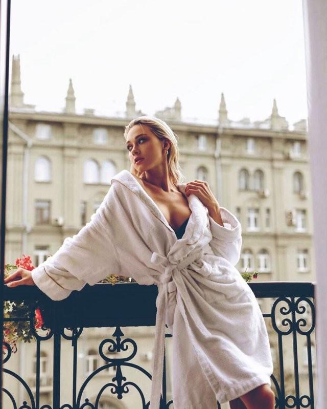 Актриса, которая покорила сердце Павла Прилучного (13 фото)