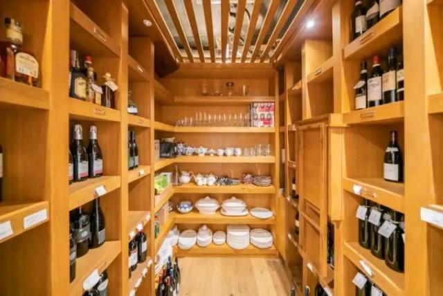 Вилла Шона Коннери во Французской Ривьере продаётся (23 фото)