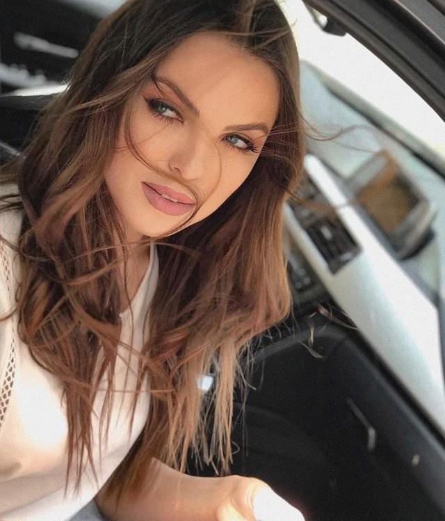 Светлана Абрамова - новая ведущая шоу федерального канала (12 фото)