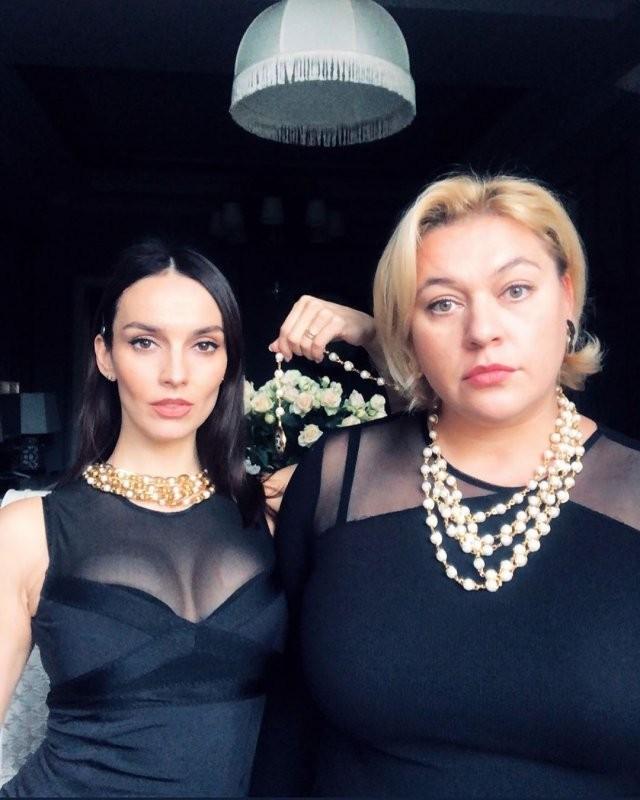 Телеведущая и звезда сериала Юлия Зимина вышла замуж (10 фото)