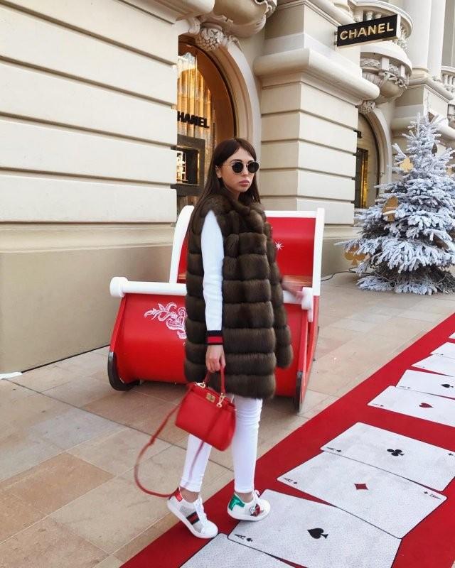 Модель Анна Лисовская отправилась в колонию на 3,5 года (12 фото)