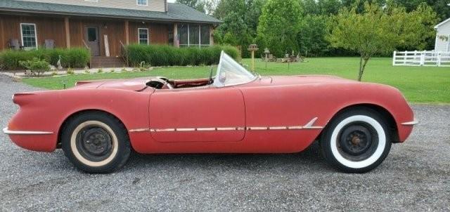 Как выглядит Chevrolet Corvette C1, простоявший в сарае (17 фото)