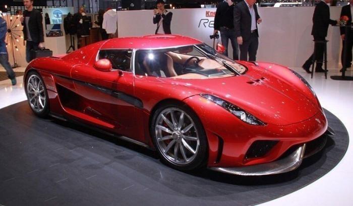 11 самых дорогих автомобилей со всего мира (22 фото)
