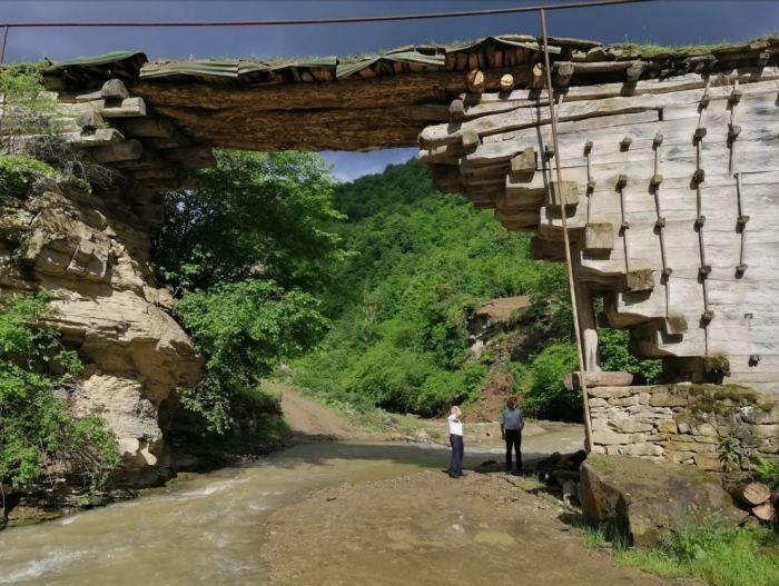 Секрет 200-летнего моста, построенного без единого гвоздя (8 фото)