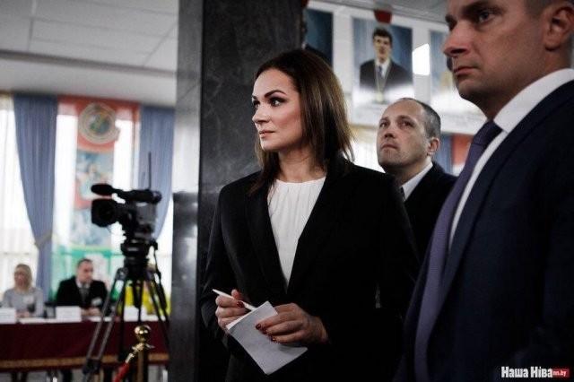 Наталья Эйсмонт - пресс-секретарь которая понимает Лукашенко (16 фото)