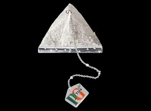Дорогой чайный пакетик в мире, украшенный бриллиантами (2 фото)