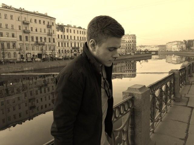 Русский хакер который хотел взломать завод Tesla Илона Маска (10 фото)