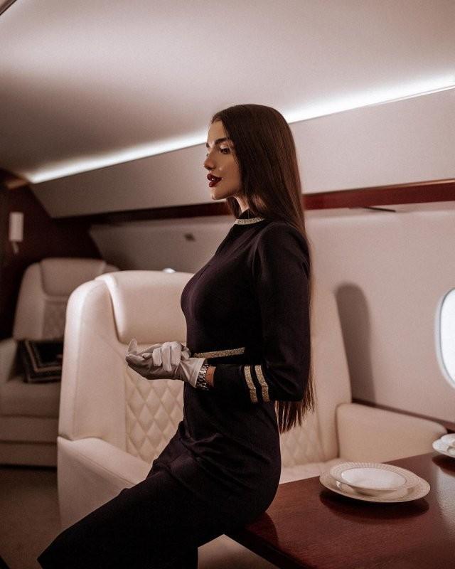 Самая красивая стюардесса России - Алена Глухова (15 фото)