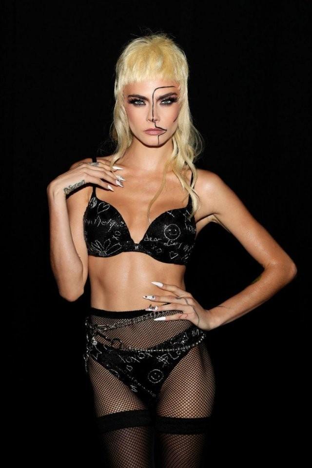 Самые красивые девушки мира собрались на модный показ, чтобы представить нижнее белье (10 фото)