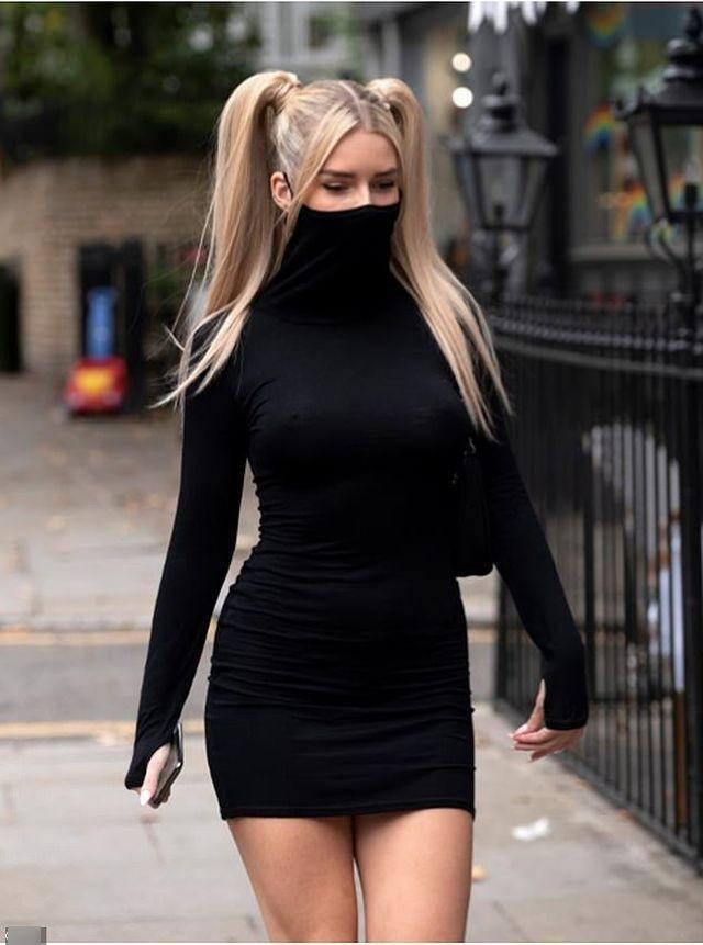 """Сестра британской супермодели Кейт Мосс показала модное """"коронавирусное"""" платье, но пользователи назвали его глупым (8 фото)"""