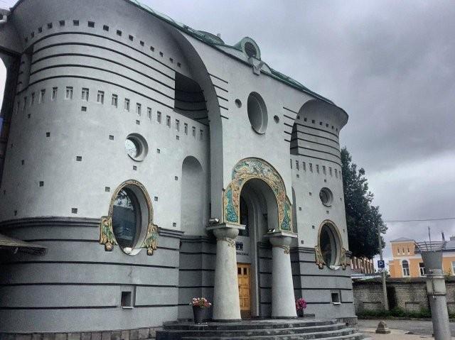 Архитектура России: красивая, странная и веселая (13 фото)