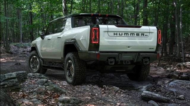 General Mototrs показали возрожденный Hummer (7 фото)