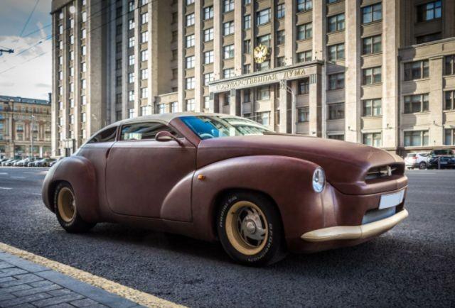 В Москве продали автомобиль Toyota Crown XIV, который полностью обтянут кожей бизона, за 25 миллионов рублей (14 фото)