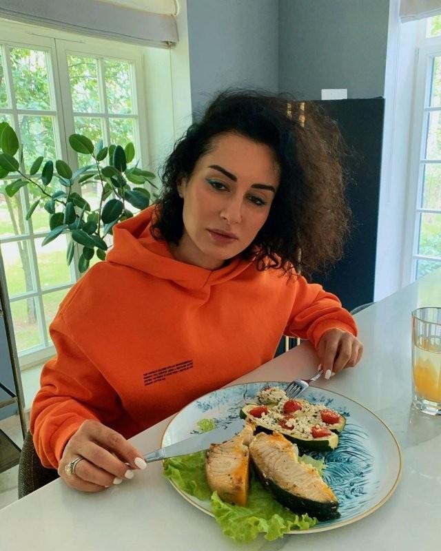Тина Канделаки отмечает 45-летие! Как из телеведущей она превратилась во влиятельного продюсера (15 фото)