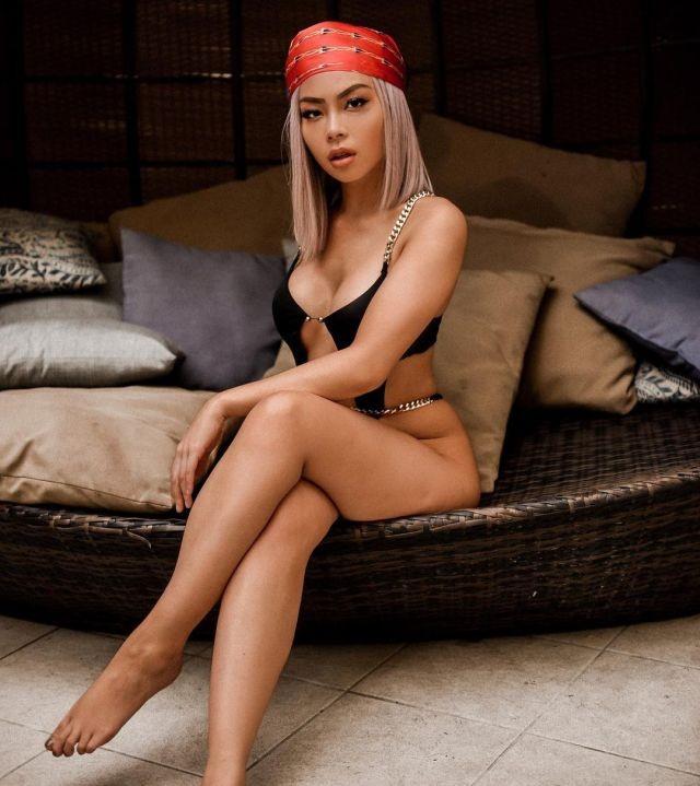 Кристин Мэй - веб-разработчик из США и по совместительству модель Playboy (17 фото)