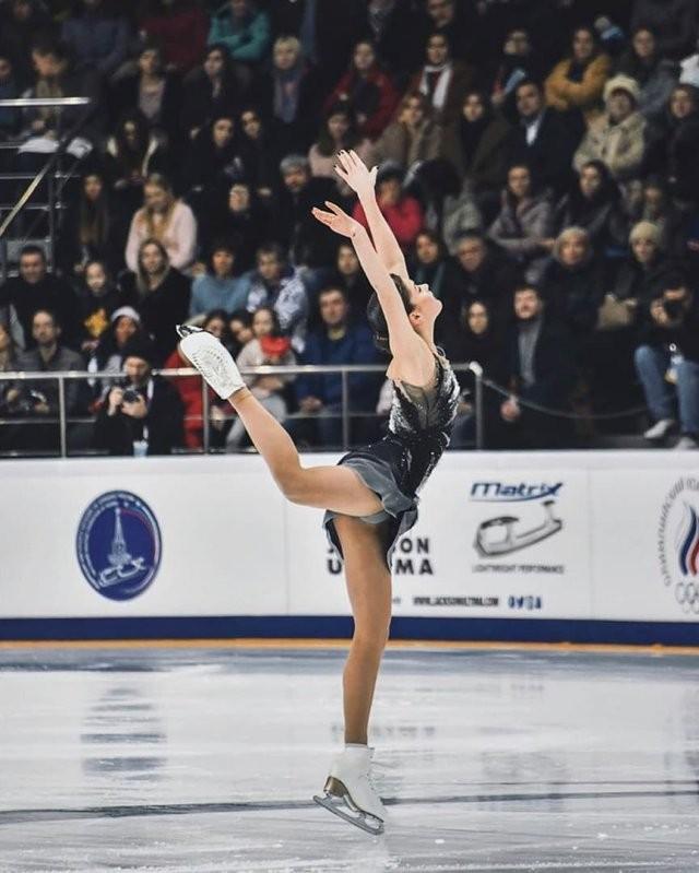 Анастасия Гулякова - фигуристка, которая даст бой русским чемпионкам (15 фото)
