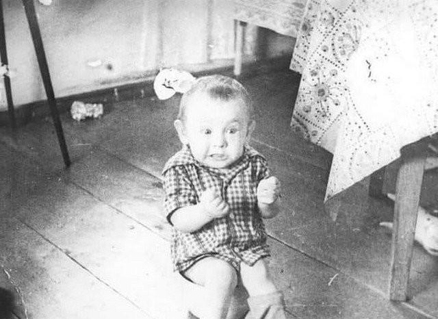 Яркие черно-белые кадры из архива (15 фото)