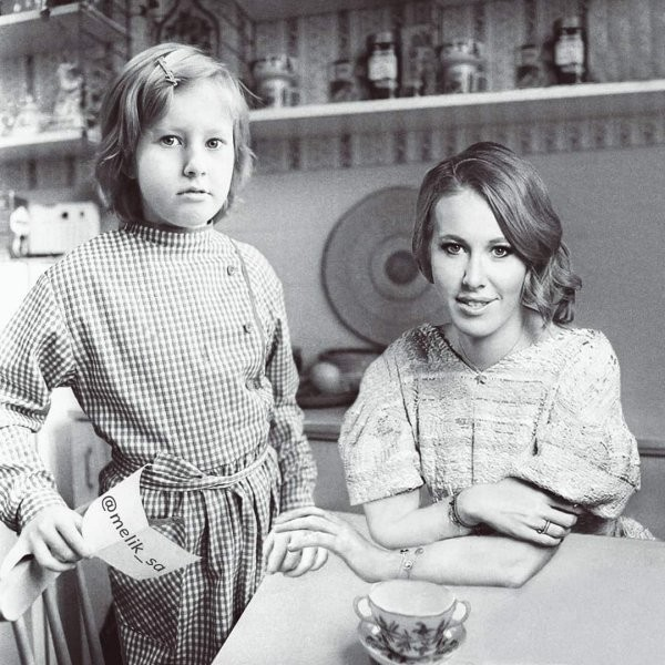 Отечественные знаменитости и их молодые версии (15 фото)