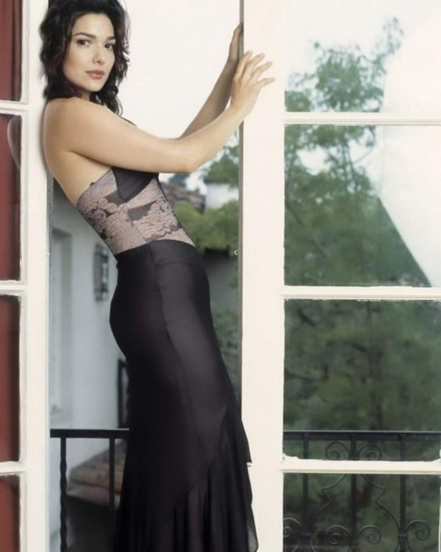 Как живет сейчас звезда фильма «Малхолланд Драйв» Лаура Хэрринг (15 фото)