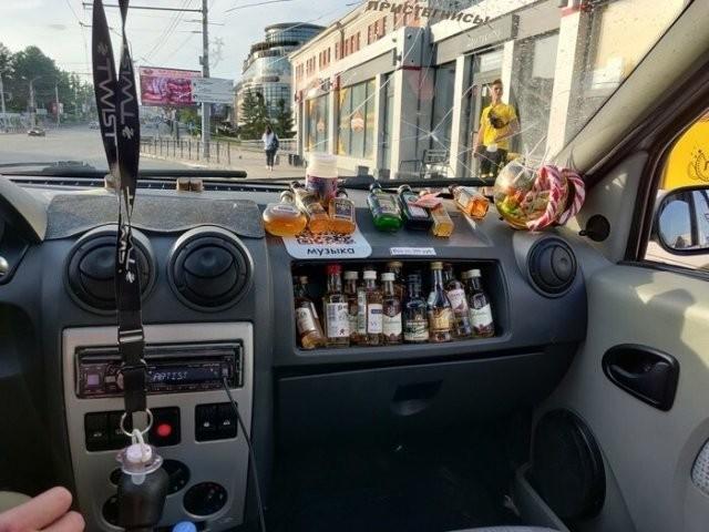 Забавные ситуации, с которыми можно столкнуться только в такси (15 фото)