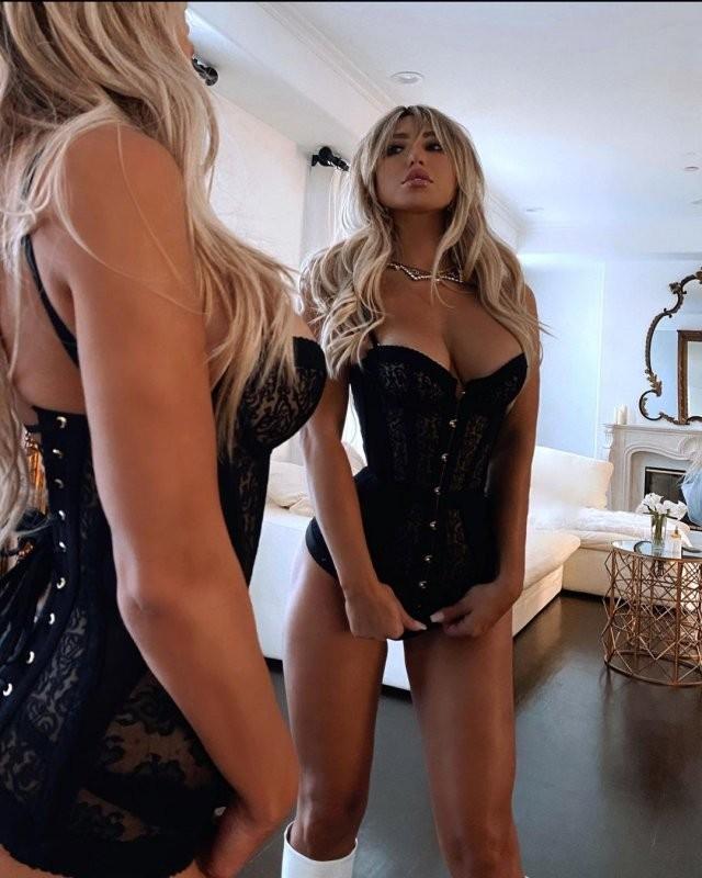 Модель Стефани Гурзански, которая обманула американского миллионера Стивена Клобека (17 фото)