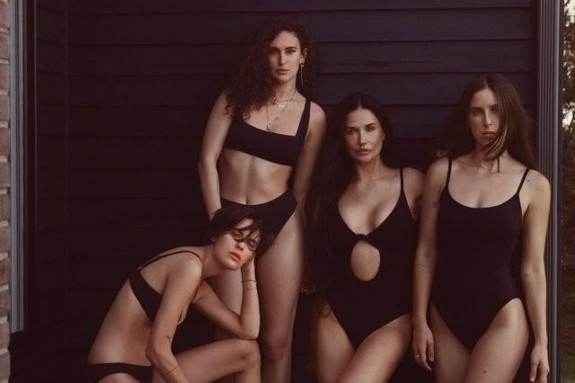 Деми Мур затмила трех дочерей в новой фотосессии (13 фото)