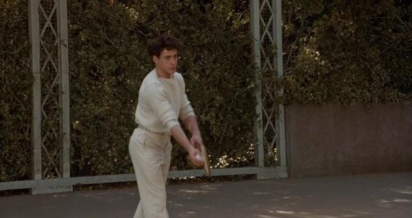 Интересные навыки, которые пришлось освоить актерам ради роли в кино (13 фото)