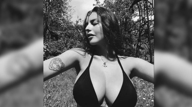 Участница Pussy Riot Рита Флорес (Маргарита Коновалова): горячая активистка и борец (16 фото)