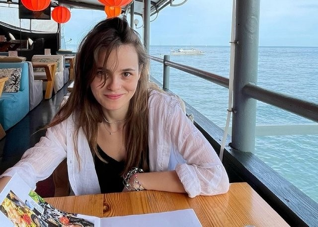 Ангелина Стречина - новая красавица российского кино (14 фото)
