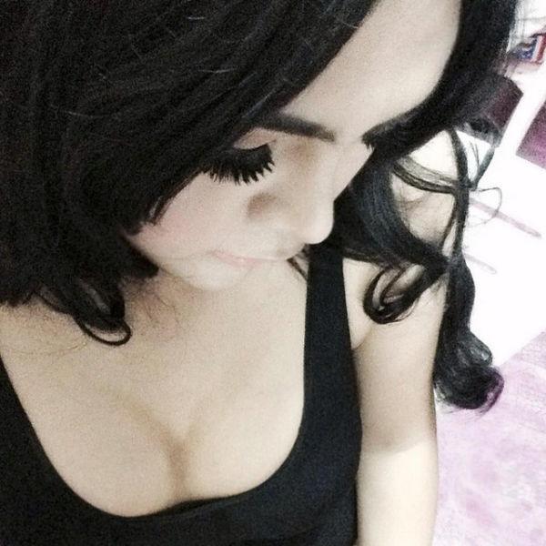 Очень милая девушка из Азии (20 фото)