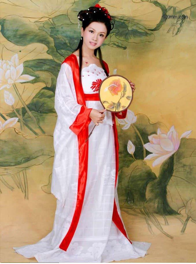 Праздник хризантем в Японии (13 фото)