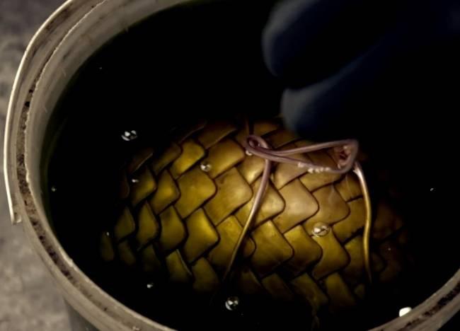 Как сделать драконье яйцо из «Игры престолов»? (1 фото + 1 видео)
