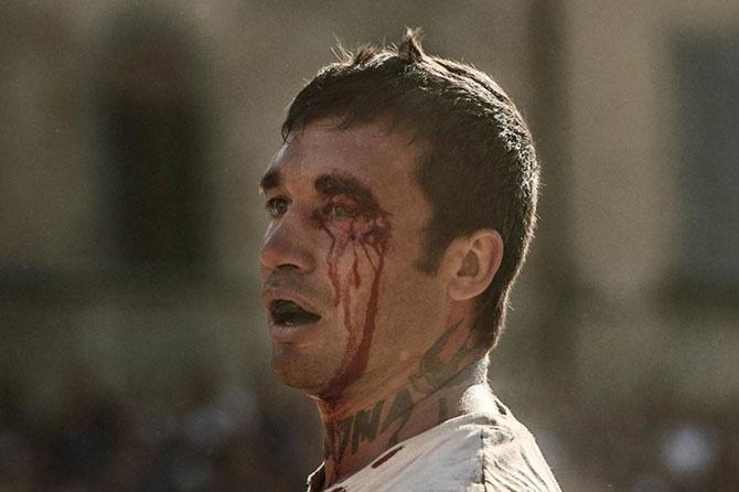 Италия: Как выглядит самая кровожадная разновидность футбола (40 фото)