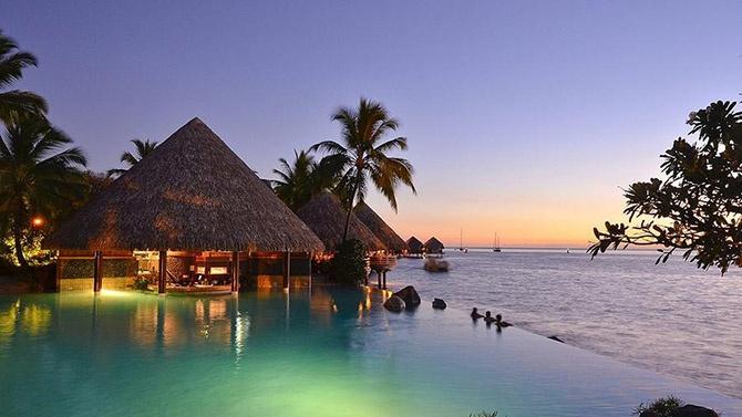Лучшие в мире бары у бассейна (11 фото)
