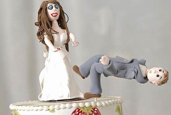 Муж развелся с супругой, обладавшей чрезмерным сексуальным аппетитом (2 фото)