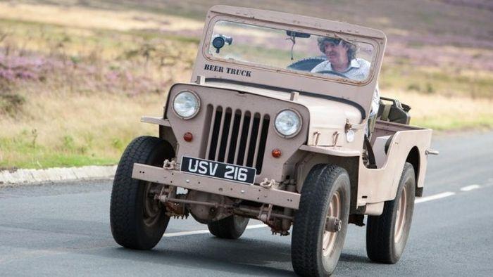 Самые худшие автомобили по мнению Джереми Кларксона (8 фото)