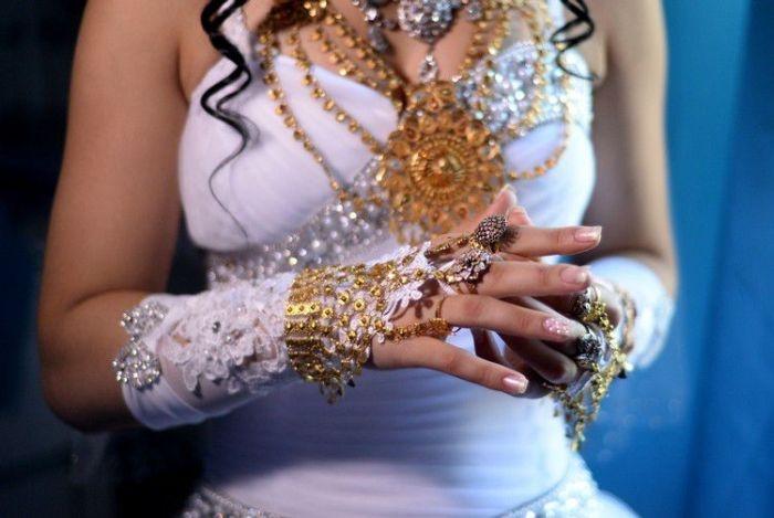 Как проходит цыганская свадьба в наши дни (25 фото)