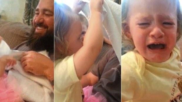 Как может отреагировать ребенок, если папа сбрил бороду (1 фото + 1 видео)