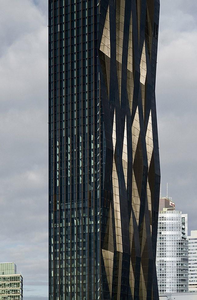 10 самых амбициозных небоскребов (20 фото)