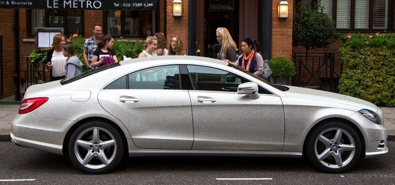 Русская студентка в Лондоне покрыла свой Mercedes CLS 350 миллионом кристаллов Сваровски (14 фото)