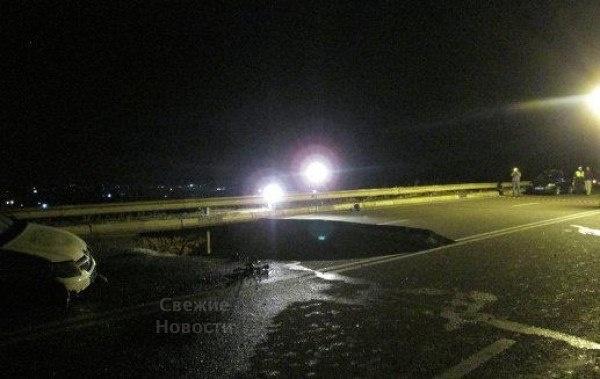 Ужасное происшествие на дороге в Крыму (11 фото)