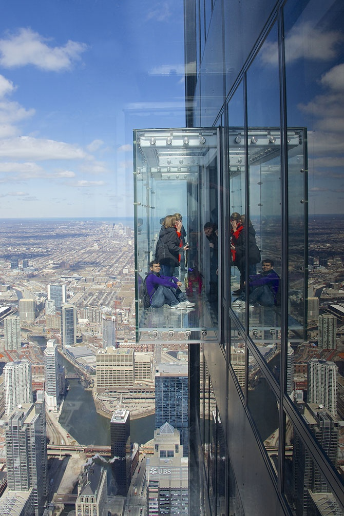 Рейтинг самых зрелищных смотровых площадок в мире (16 фото)