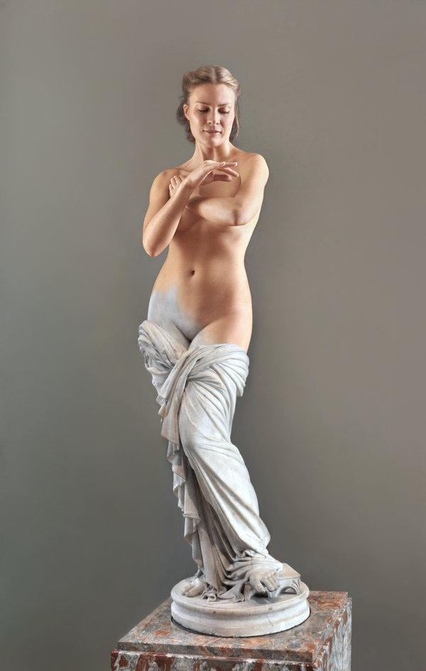 Живые эротические скульптуры в фотопроекте Николая Эндегора «Мрамор Лувра» (12 фото)