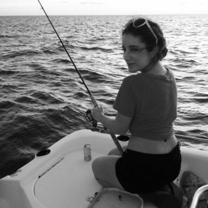 Девушки, которые хотят рыбачить (28 фото)