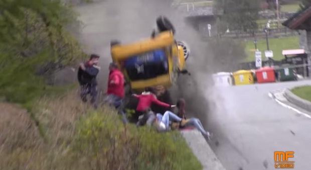 Серьезная авария на ралли (1 фото + 1 видео)